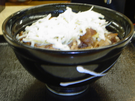 yoshinoya-cheese-gyukarubidon3.jpg